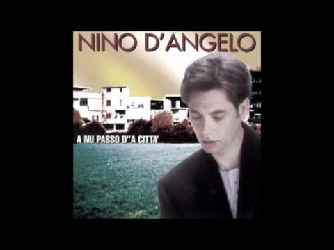 Nino D'angelo e canzone d'ammore