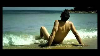 Не ходете на плаж без бански! Вижте какво стана с един нудист:)
