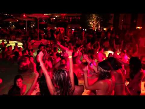 Andrew Rayel feat. Jonny Rose - Daylight (Official Video HD)Kaynak: YouTube · Süre: 3 dakika16 saniye