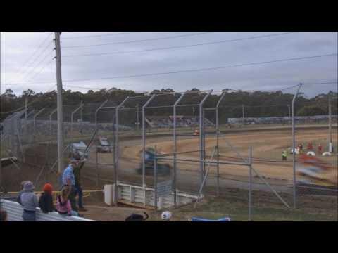 Sprintcars Heat 2 Latrobe Speedway 5/12/15