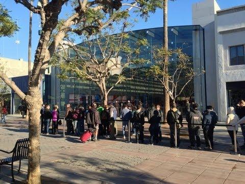 Apple Store Grand Opening Santa Monica CA 12/15/2012