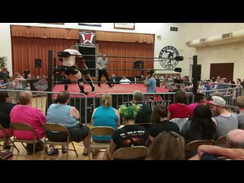 """""""Lights Out"""" Adrian Surge vs """"The Neon Icon"""" Justin D'Air (Dynamo Pro - July 22, 2017)"""