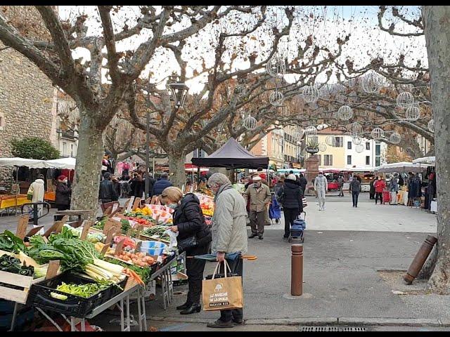 Un mardi avec les producteurs, au marché de Prades, Pyrénées-Orientales