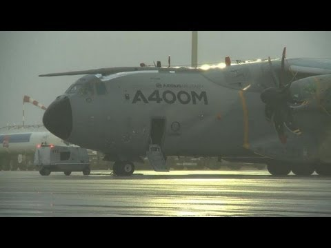 La France reçoit le premier A400M, avion militaire ultra-moderne