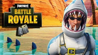 THE ULTIMATE NOOBS FIRST GAME *New Skin* !! Sharky FORTNITE