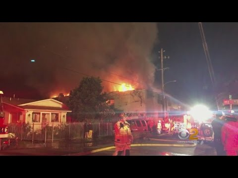 33 Confirmed Dead In Oakland Fire