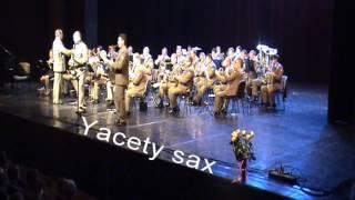 Orkiestra Wojskowa w Krakowie - Yakety Sax - Benny Hill