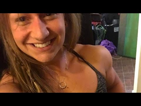 Paige Sandgren Muscular Biceps Hot Crossfit Female Athlete Instagram Model @beefnuggette