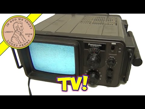Vintage 1977 Panasonic TR707 Television Set  Portable Battery Bomb Shelter TV!