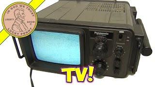 Video Vintage 1977 Panasonic TR-707 Television Set - Portable Battery Bomb Shelter TV! download MP3, 3GP, MP4, WEBM, AVI, FLV Maret 2018