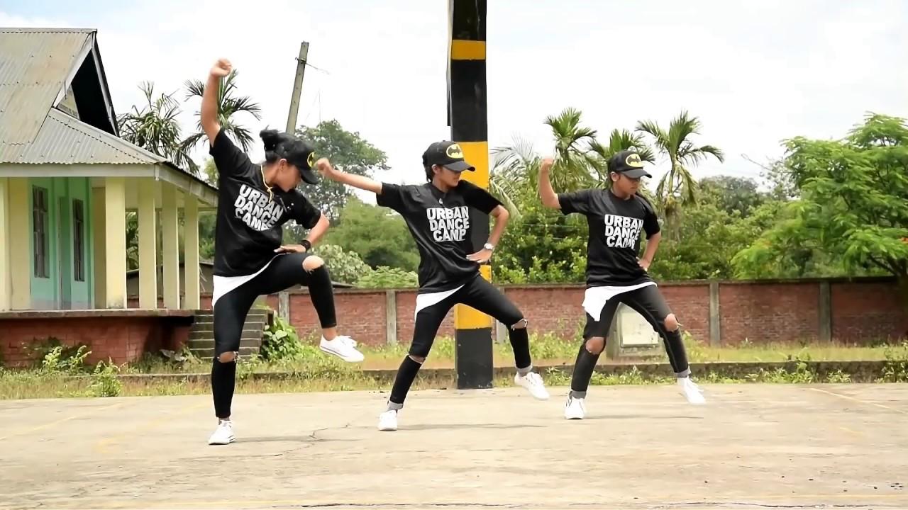 URBAN Hip Hop dance style by ... sAiko fighter crew (Girls)