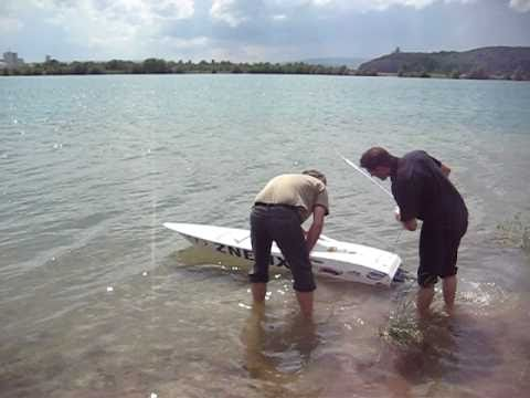 ZNETIX Powerboat mit 2 x 2 Zylinder Zenoah