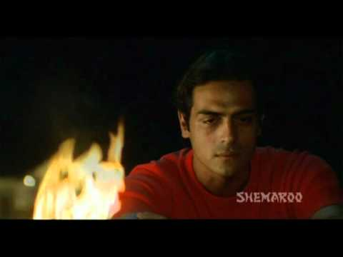 Agonizing Story Of Ilias - Paresh Rawal - Aankhen Clips
