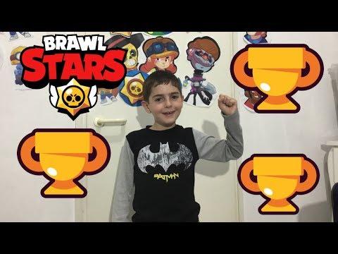 דניאל הגיע ל-1,000 גביעים וקיבל שתי דמויות?!