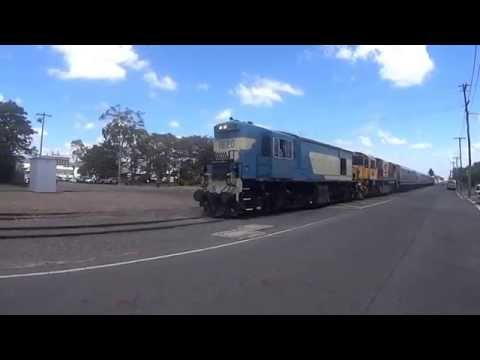 Sunshine Express Rail Tours Tablelander with Queensland Rail's 1620