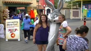 Disney Detour! Bugs Bunny & Sylvester Meet & Greet at Six Flags Over Texas. Plus Taz!