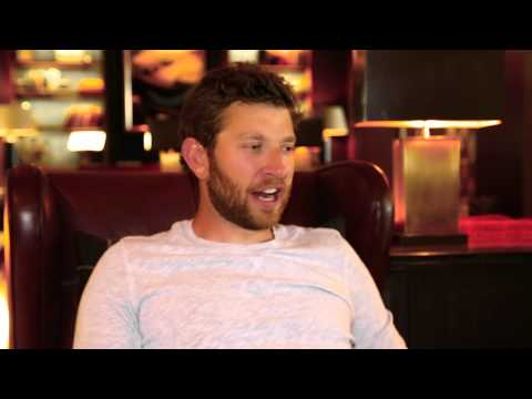 Brett Eldredge Interview - The Warner Sound Sessions (Live at CMA Fest)