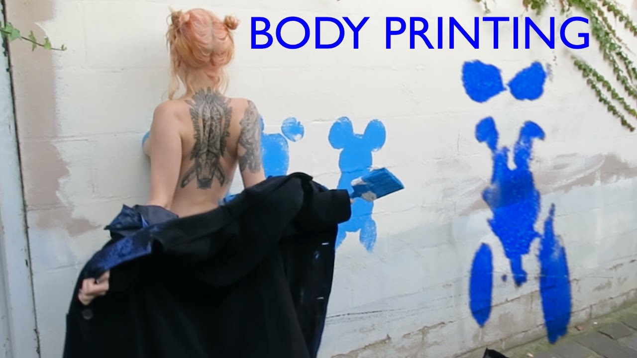 Shida And Zheani Body Printing In The Street Youtube