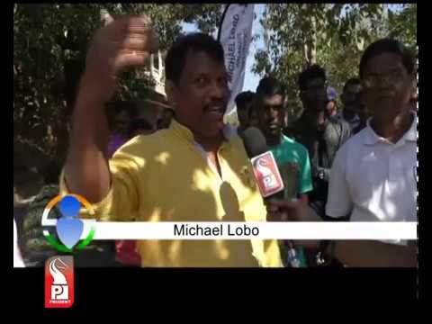 A Date With Michael Lobo
