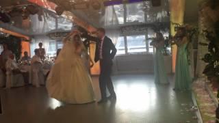 Первый танец жениха и невесты- (violin show Laruan)музыка из мультфильма Анастасия