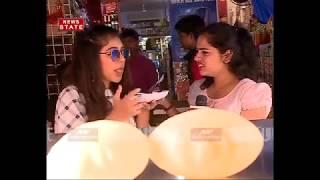 Ghulam actress Niti Taylor eating panipuri