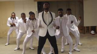 Best Groomsmen Dance of 2016 Handsdown!!