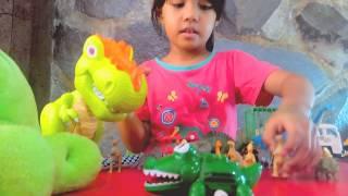 MAIN DINOSAURUS T-REX Anak Perempuan Juga Suka Dino....