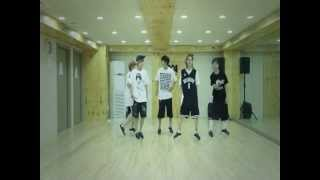 b1a4 이게 무슨 일이야 what s happening dance practice mirrored ver
