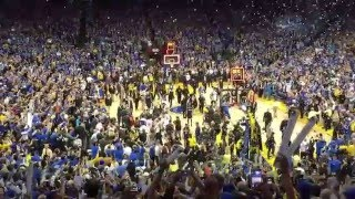 Warriors Win 73 - End of Game and Confetti @ Oracle Arena, Oakland CA 4-13-16
