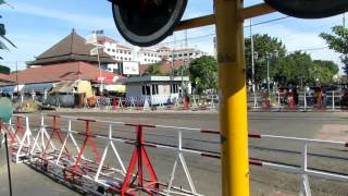 Palang Pintu Kereta Api Otomatis - Perlintasan Malioboro Stasiun Tugu (Kereta Api Indonesia)