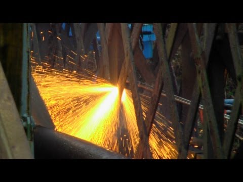 (HD) The Demolition of Vicars Railway Bridge 16/03/13