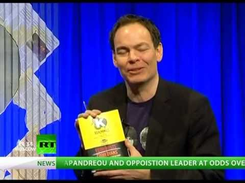 Keiser Report: Fed, Treasury & Holy Troika (E207)
