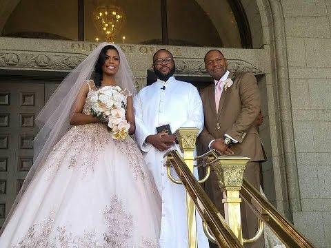 Omarosa Wedding Dress.My Friend Omarosa Got Married Happilyevernewman