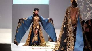 Video Jangi Janger Anne Avantie Jakarta Fashion Week 2017 download MP3, 3GP, MP4, WEBM, AVI, FLV Agustus 2018