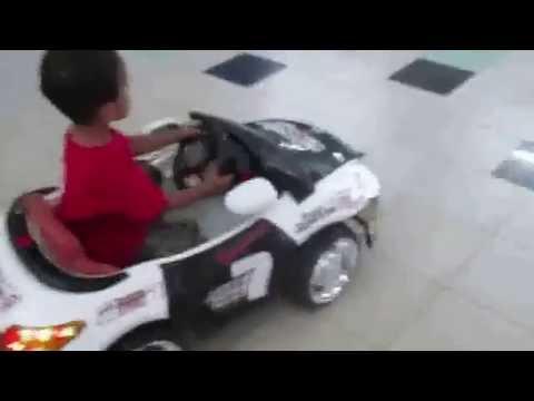 Mainan Mobil Mobilan Anak Power Wheels Mercedes Benz Ml63 Mobil Aki Anak Youtube
