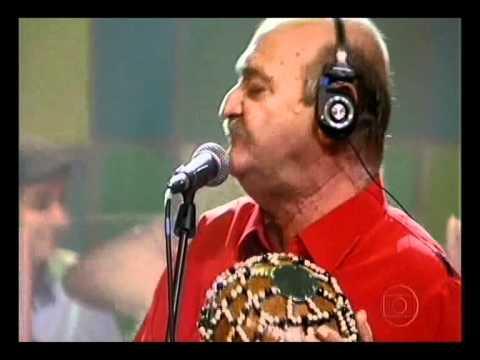 Som Brasil  Adoniran Barbosa Demônios da Garoa samba Italiano.wmv