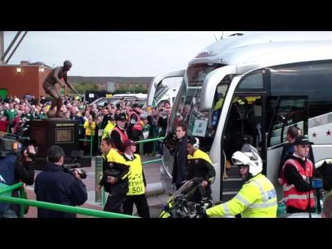 Barcelona players arriving at Celtic Park 1 10 2013