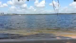 Seram suara angin dgn gelombang d pantai