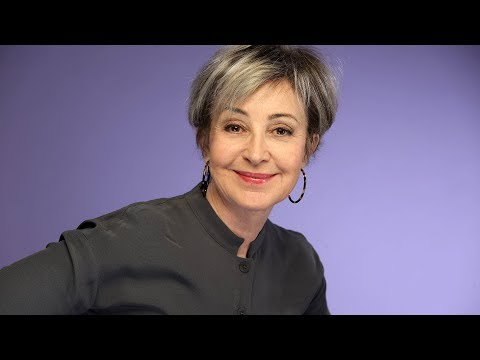 Annie Potts insisted her 'Young Sheldon' character have gray hair