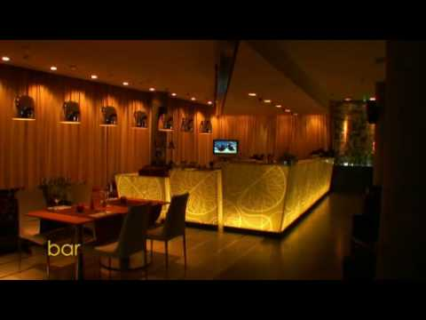 Apple Bar & Restaurant at Golden Apple Boutique Hotel, Mosco