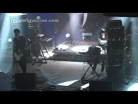 ALEC EMPIRE - NEW MAN (LIVE) - ETRANGE MUSIQUE 2010