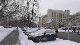 улица флотская в москве обзор московской окраины от первого лица зимой днём идёт снегвозле проезжей