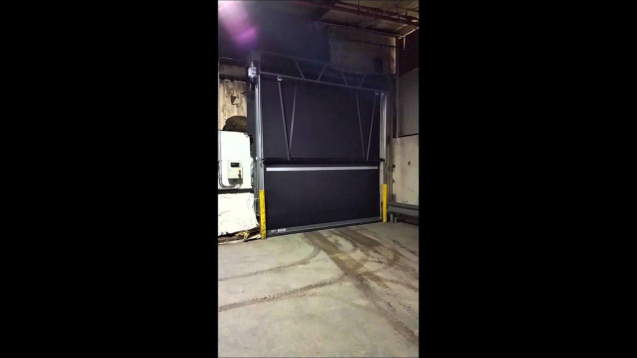 TNR High Speed Rubber Door & TNR High Speed Rubber Door - YouTube pezcame.com