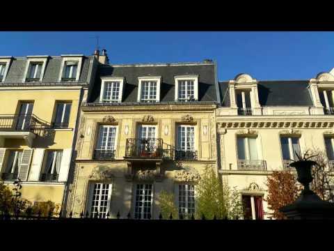DREAM PARIS STREET - Rue Cite des fleurs  - History, Charm & More!