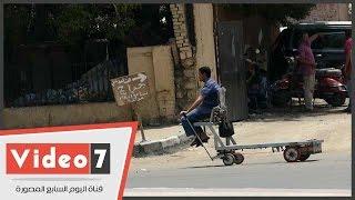 بالفيديو وسيلة مواصلات غريبه تجتاح شوارع وسط البلد وتثير دهشة المواطنين