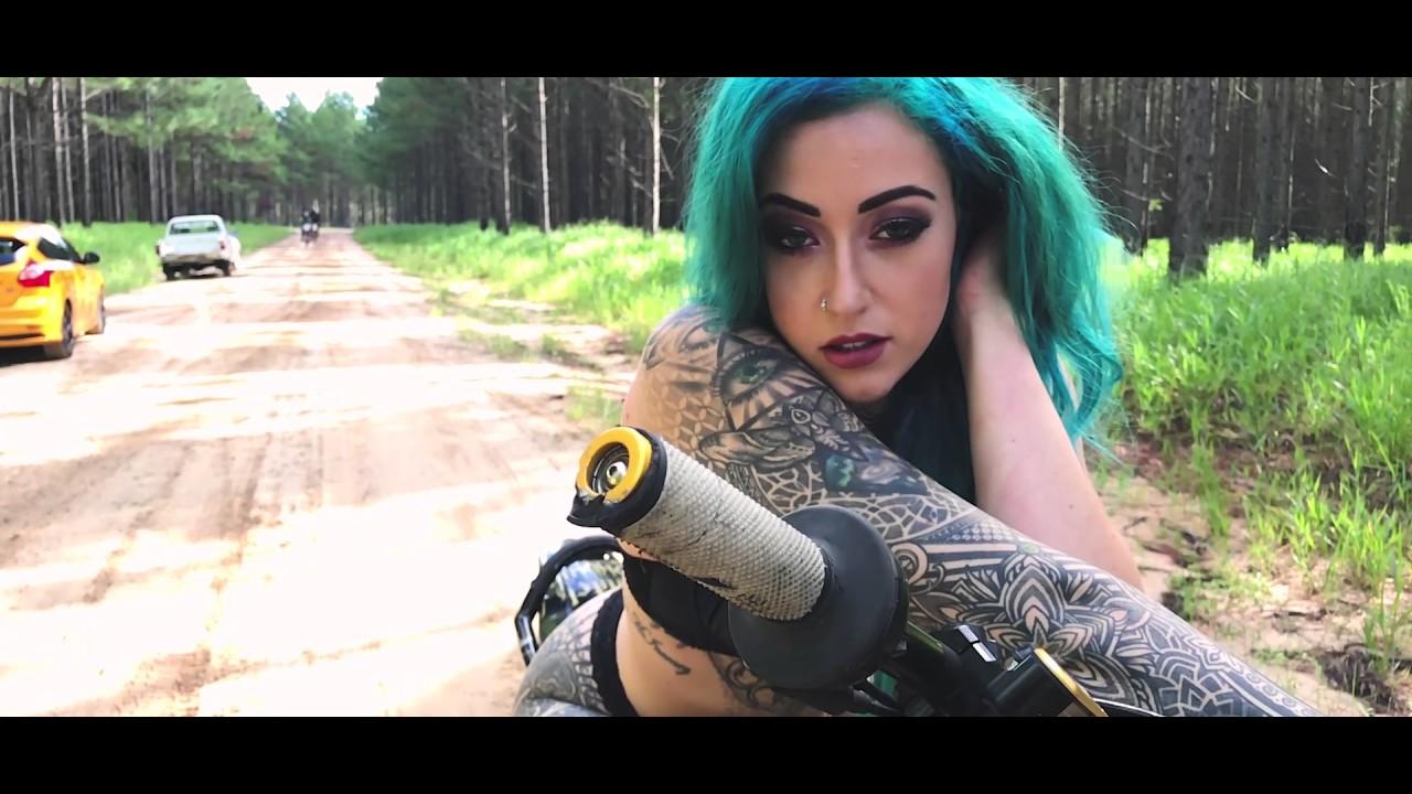 Summer McInerney X Bearaaaap CRF450r Photoshoot BTS