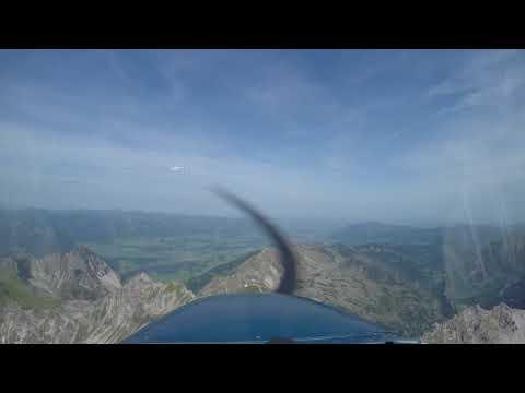 Überflug Nebelhorn Vorsicht Gleitschirmflieger 2017 08 30 40 sec
