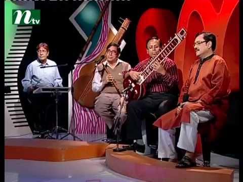 Bangla Musical Show - Je Gaan Gourobe Bohoman l singer sondipon, Jannat