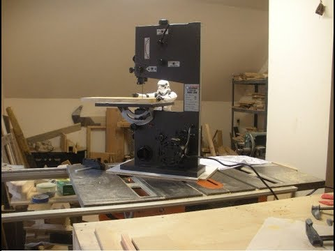 Harbor Freight 9 inch Bench Top Band Saw Unboxing and Set Up