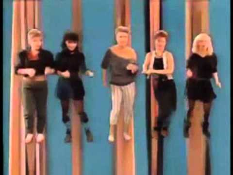 Go-Go's - The Way You Dance (from the 1982 'Vacation' LP)